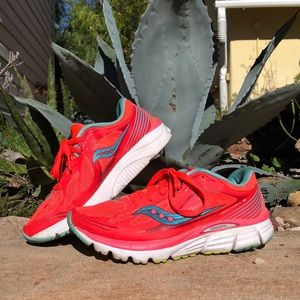 Shoes - Saucony Kinvara 5 Running shoes